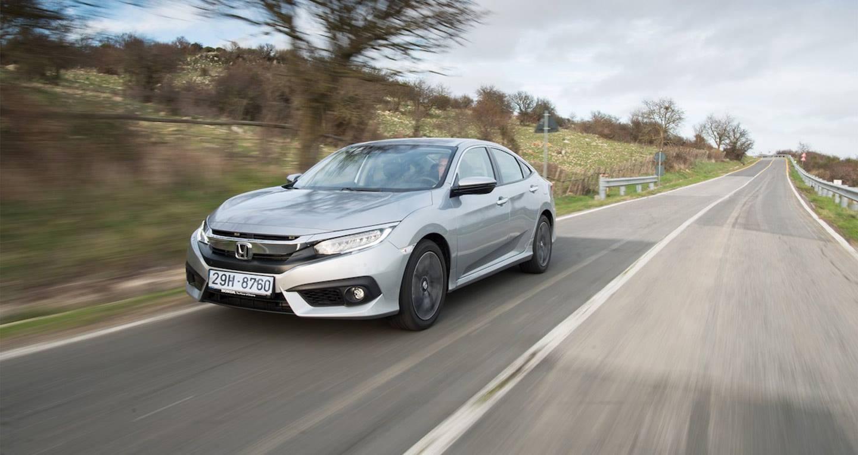 Honda Civic Diesel 2018 chỉ tiêu thụ lượng nhiên liệu 3,4 lít/100 km