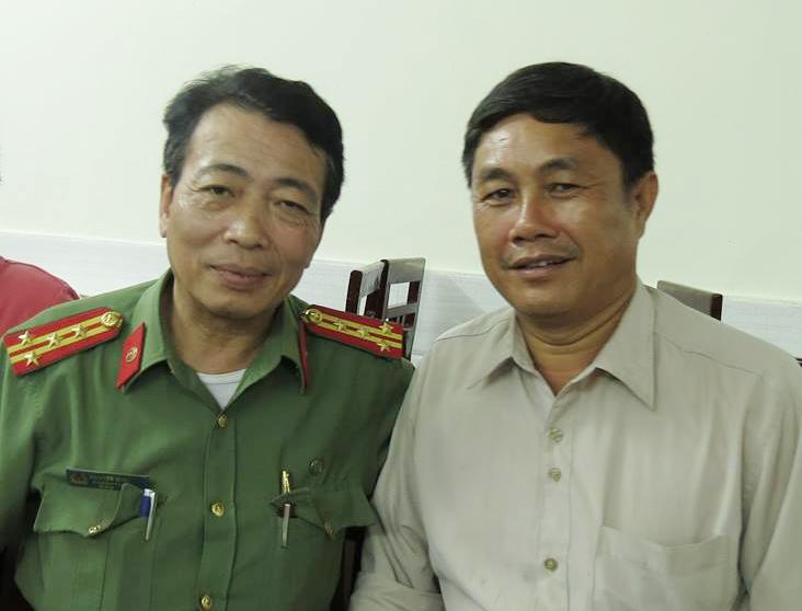Chuyên gia về những vấn đề chính trị - quân sự quốc tế - Nguyễn Minh Tâm (người bên trái)