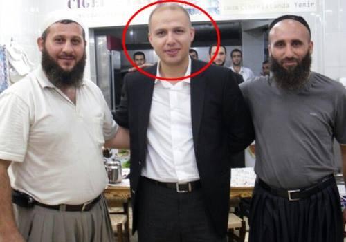 Bilal Erdogan tham gia trực tiếp vào thị trường chợ đen về dầu mỏ với lực lượng IS
